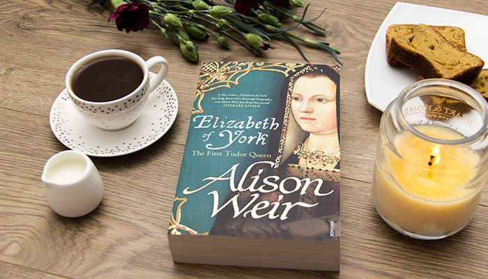 Elizabeth of York: The First Tudor Queen by Alison Weir